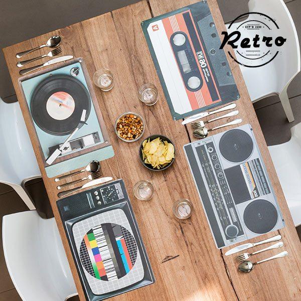 kuva HiFi Retro Pöytä Tabletti