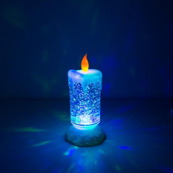 Kynttilät syttyvät edesmenneiden muistoksi netissä ja hautausmailla